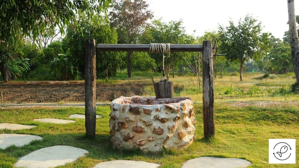 Image of a well with water in it